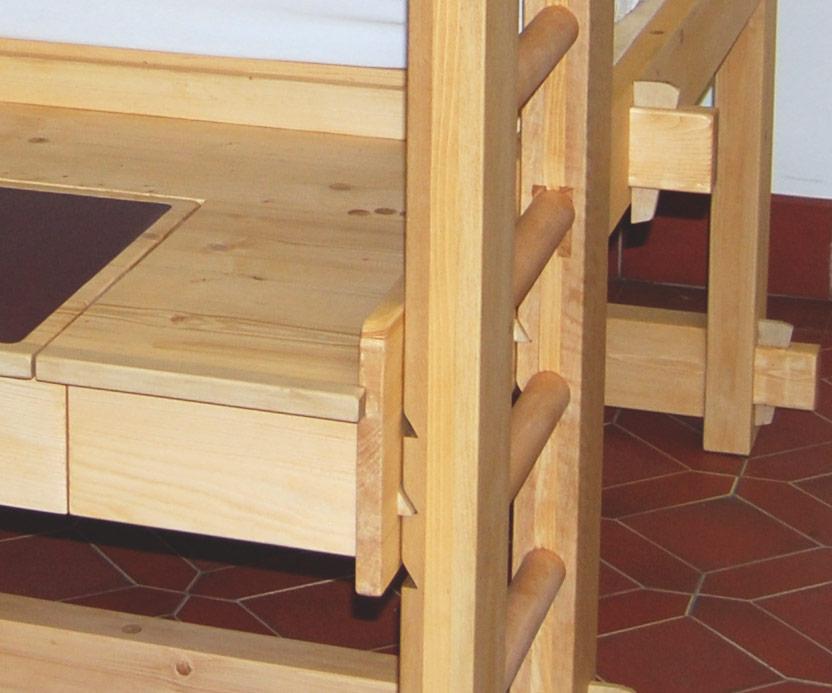 Hochbett Etagenbett Mit Schreibtisch : Hochbett für erwachsene mit schreibtisch und kleiderstange finn