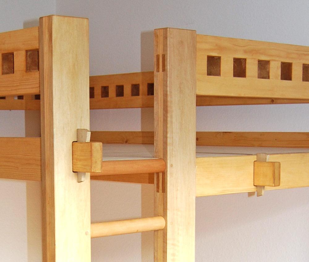 hochbett etagenbett mit schreibtisch. Black Bedroom Furniture Sets. Home Design Ideas