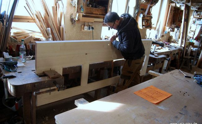 Sanierung Haustür im Jugendstil Restauration Handarbeit