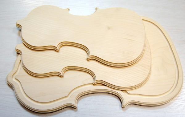 Frühstücksbrett in Musikinstrumentenform