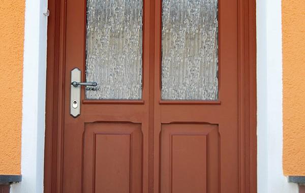 Haustür mit Glas-Füllung