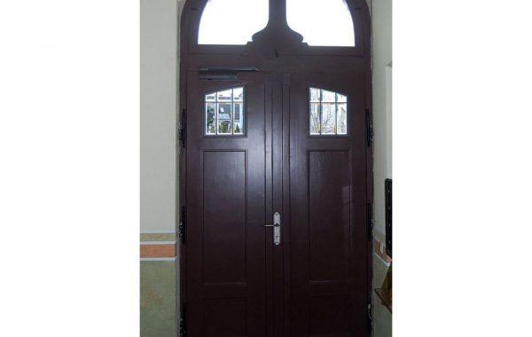 Sanierung einer Haustür im Jugendstil